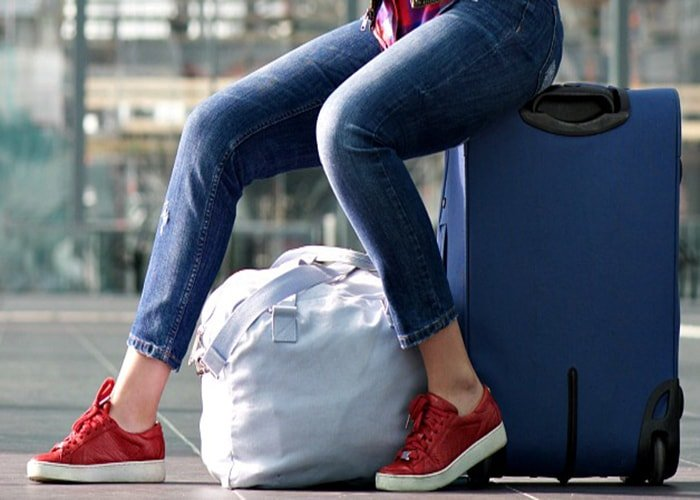 5 Perfect Travel Shoes for Women